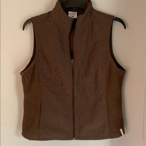 Columbia lightweight chocolate colored vest